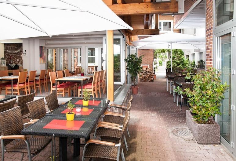 Hotel Sonne, Karlsruhe, Terasa restaurace