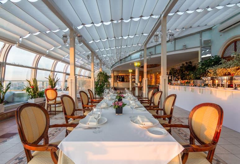 Golden Ring Hotel, Moskwa, Restauracja