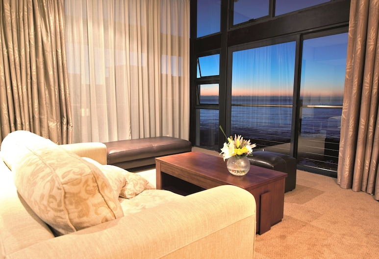 Premier Hotel Cape Town, Cape Town, Suite, 1 King Bed, Sea View, Guest Room