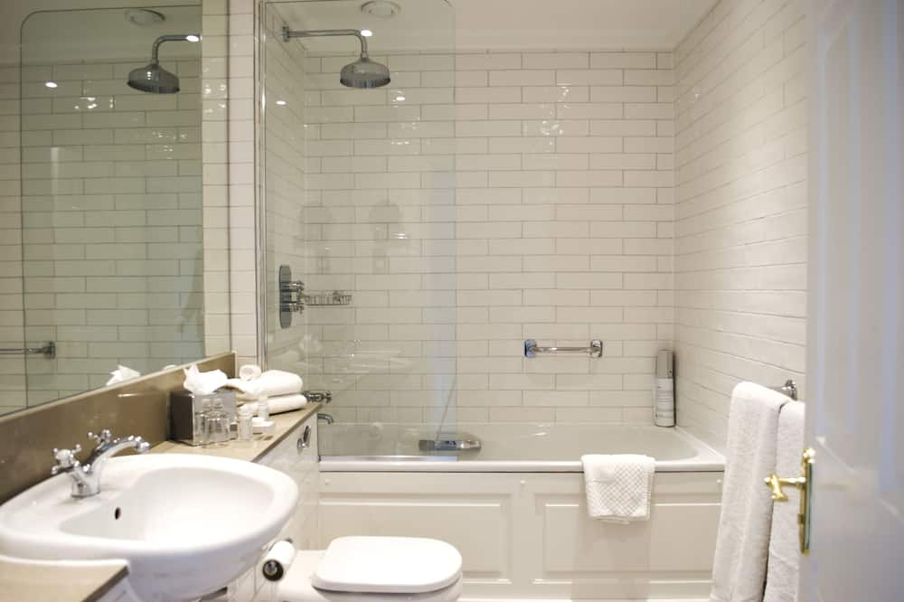 Townhouse Double - Bathroom