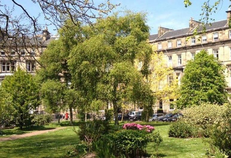 The Bonham Hotel, Edinburgh, Hage