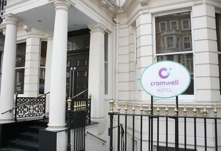 Cromwell International Hotel, Londen