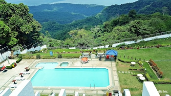Picture of Days Inn Tagaytay in Tagaytay