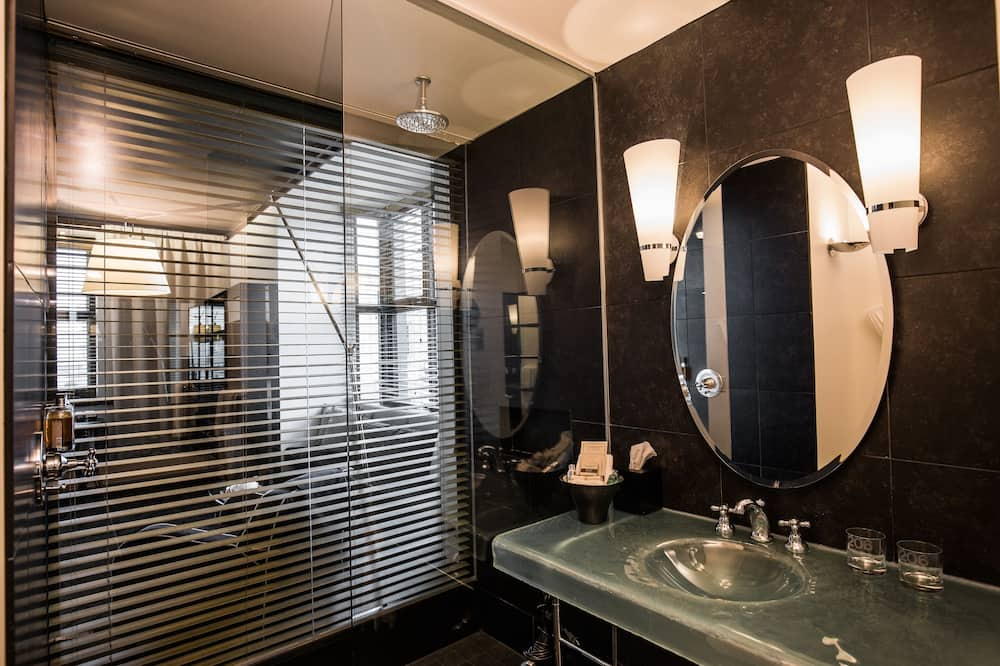 Room, 1 King Bed (Prestige) - Bathroom