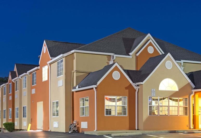 Microtel Inn by Wyndham Murfreesboro, מרפריסבורו
