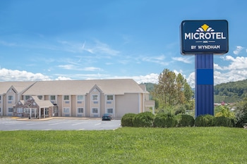 Picture of Microtel Inn by Wyndham Franklin in Franklin