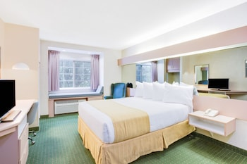 Picture of Microtel Inn by Wyndham Greensboro in Greensboro