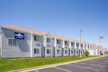 Picture of Microtel Inn by Wyndham Janesville in Janesville