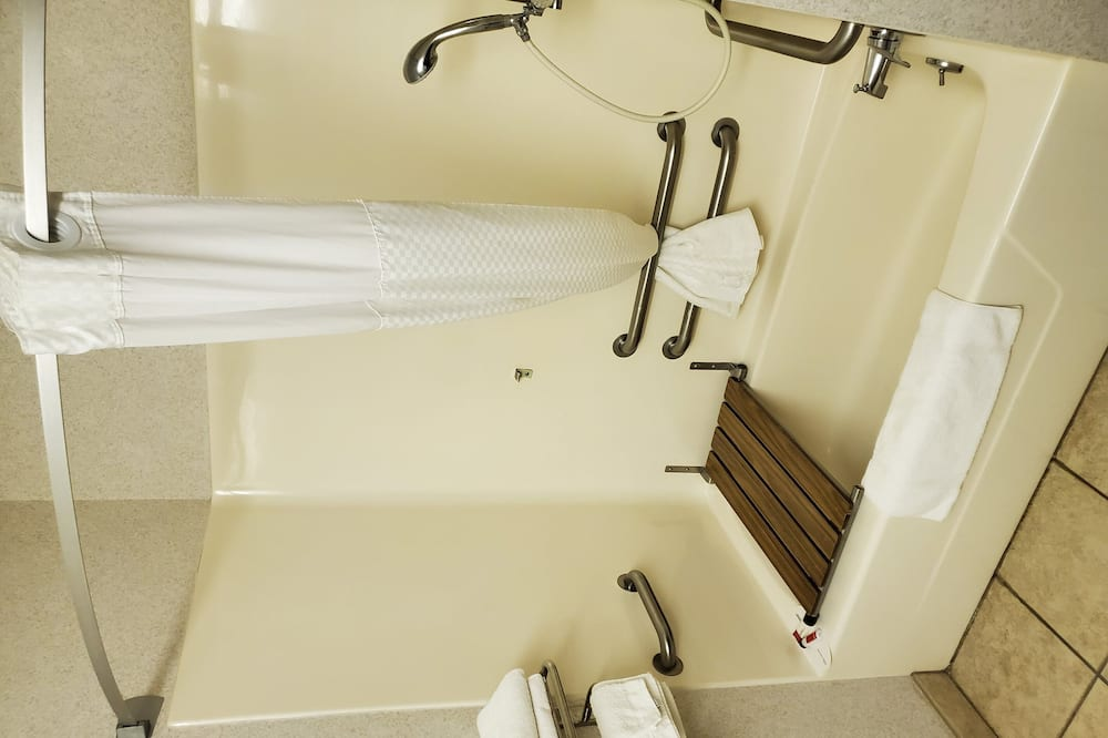 Room, 1 Queen Bed, Accessible, Non Smoking (Mobility Accessible, Pet-Friendly) - Bathroom