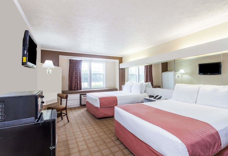 Microtel Inn by Wyndham Wilson, וילסון, חדר סטנדרט, 2 מיטות קווין, חדר אורחים