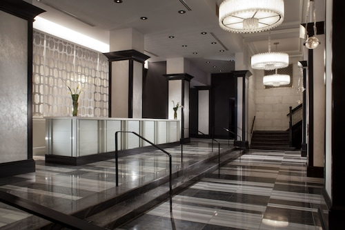 โรงแรมซิลเวอร์สมิธ