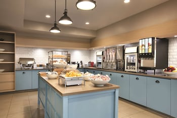 Obrázek hotelu Country Inn & Suites by Radisson, Atlanta Airport North, GA ve městě East Point