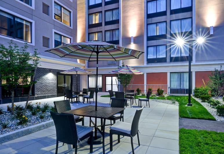 Holiday Inn Express Boston, Boston, Terras