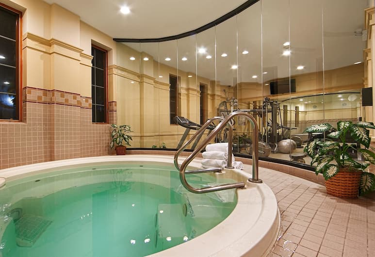Best Western Plus Hawthorne Terrace Hotel, Chicago, Indoor Spa Tub