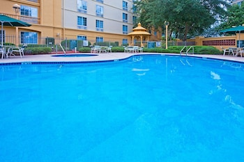 Picture of La Quinta Inn & Suites by Wyndham Ocala in Ocala