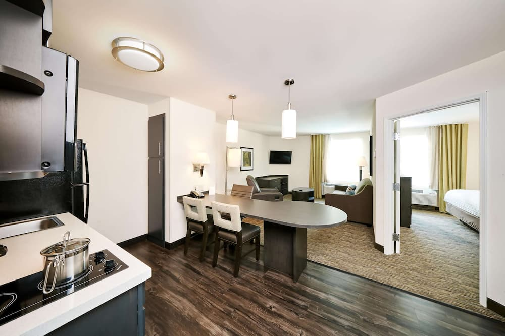 Suite, 2 Double Beds (One Bedroom) - Guest Room