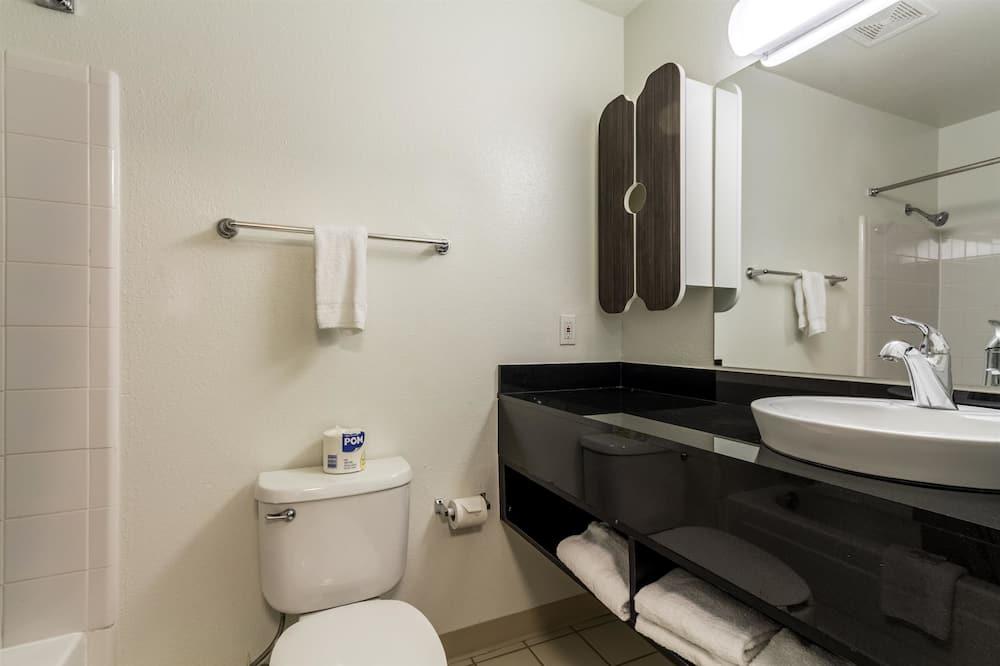 Standaard kamer, 1 queensize bed, niet-roken - Badkamer