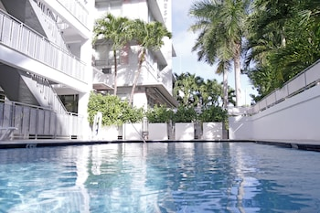 Picture of Crest Hotel Suites in Miami Beach