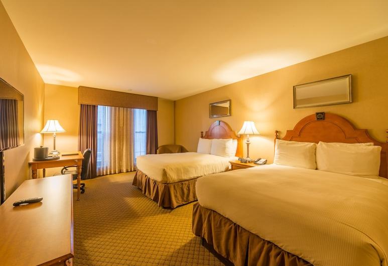 Ambassador Inn, Milwaukee, Double Double Suite, Living Area