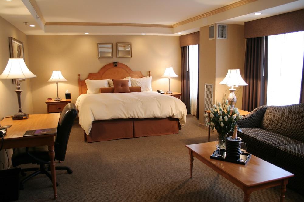 Ambador Hotel Milwaukee