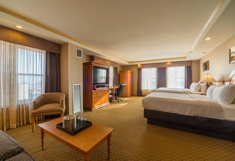 Ambassador Hotel - Milwaukee, Milwaukee, Deluxe Room, 2 Queen Beds, Guest Room