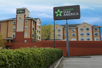 Enter your dates to get the Tacoma hotel deal
