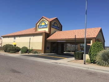 Picture of Days Inn Phoenix North in Phoenix