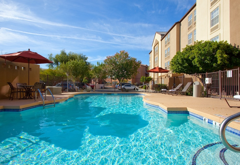 Holiday Inn Express Hotel & Suites Phoenix-Airport, an IHG Hotel, Phoenix, Pool