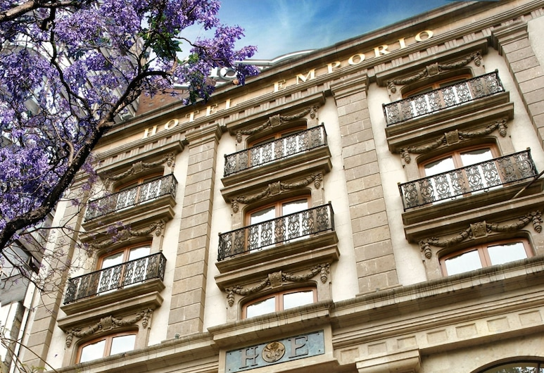 엠포리오 레포르마, 멕시코시티, 호텔 정면