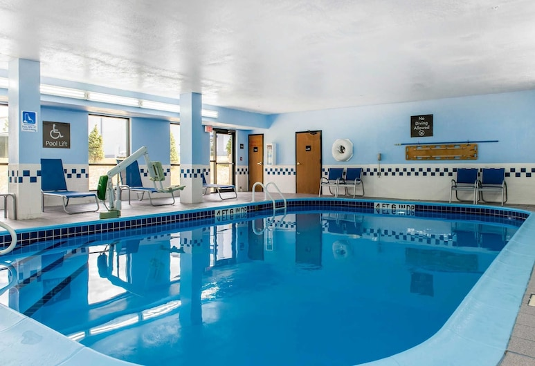 Comfort Inn Blue Ash North, Cincinnati, Pool