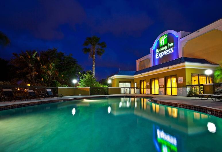 Holiday Inn Express - Vero Beach, Vero Beach, Baseinas