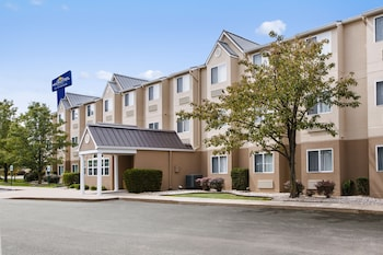 Foto Microtel Inn by Wyndham Louisville East di Louisville