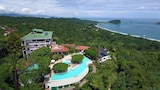 Book this Parking available Hotel in Manuel Antonio