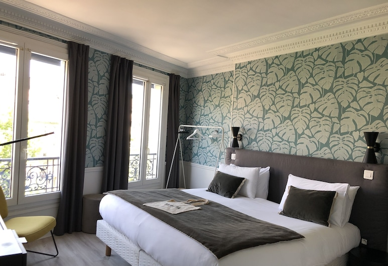 Hotel Avama Prony, Paris, Deluxe Twin Room, Guest Room