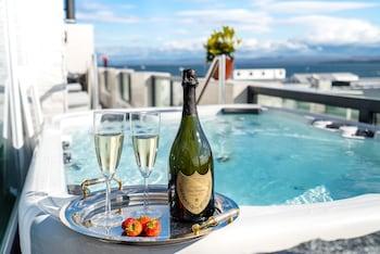 Hotellitarjoukset – Reykjanesbær
