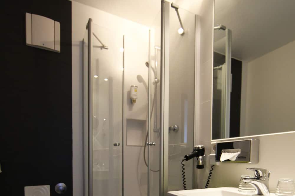 Comfort Single Room - Bathroom Shower