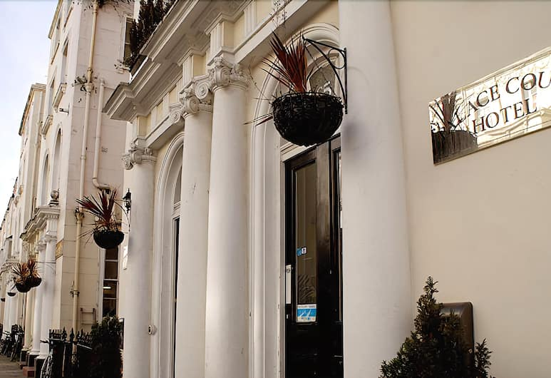 Palace Court Hotel, Londen, Voorkant hotel