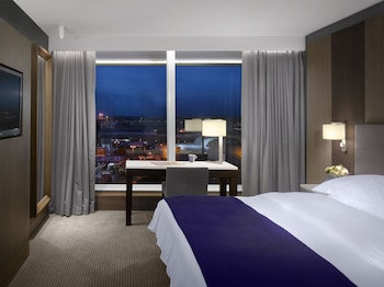Picture of Radisson Blu Hotel Manchester, Airport in Manchester
