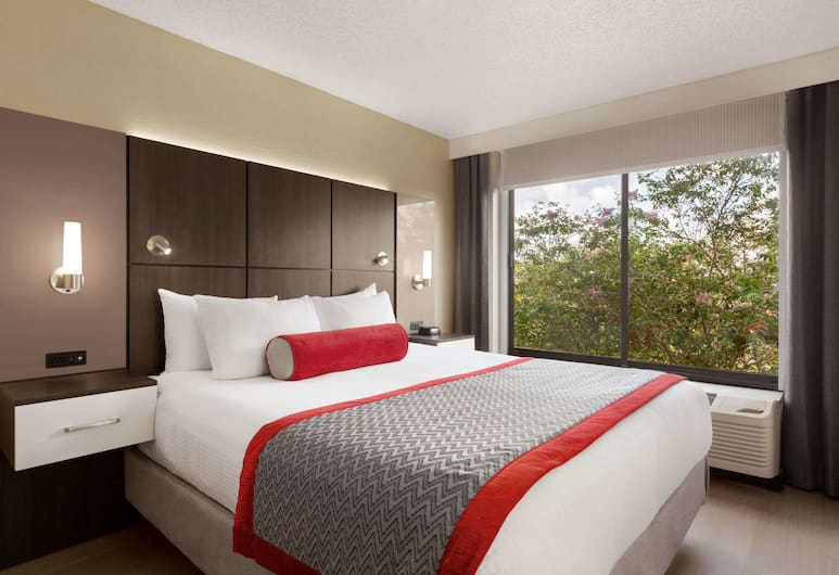Ramada by Wyndham Suites Orlando Airport, Orlando, Studio Suite, 1 King Bed, Accessible, Non Smoking (Mobility/Hearing Accessible), Guest Room