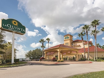 Top 10 Hotels Near Orlando International Airport Mco In