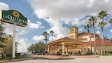 Picture of La Quinta Inn & Suites Orlando Airport North in Orlando