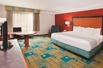 Choose This 2 Star Hotel In Charlotte