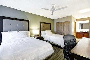 Introduce las fechas para ver los descuentos de hoteles en Beaverton