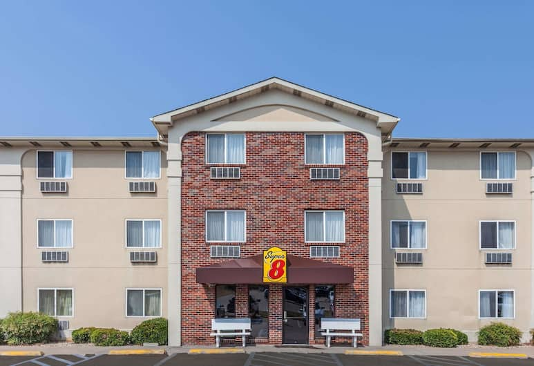 Super 8 by Wyndham Irving DFW Airport/South, Ірвінг