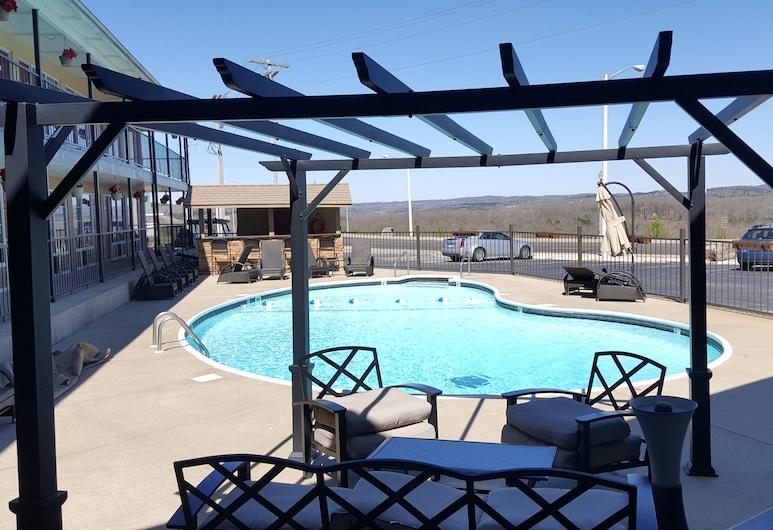 The Retreat at Foxborough, Branson, Udendørs pool