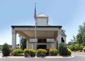 Picture of Quality Inn & Suites in Tarboro