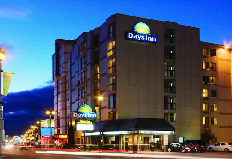 Days Inn by Wyndham Niagara Falls Near The Falls, Niagara Falls