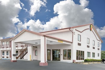 Picture of Super 8 by Wyndham Moody in Moody