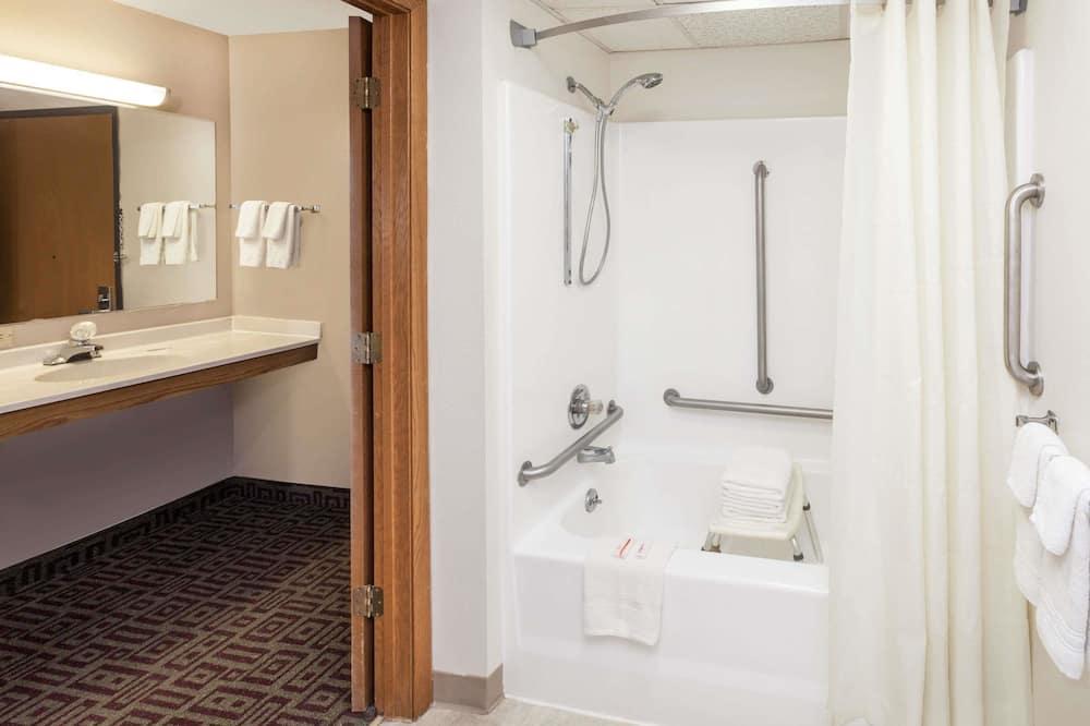 Zimmer, barrierefrei - Badezimmer