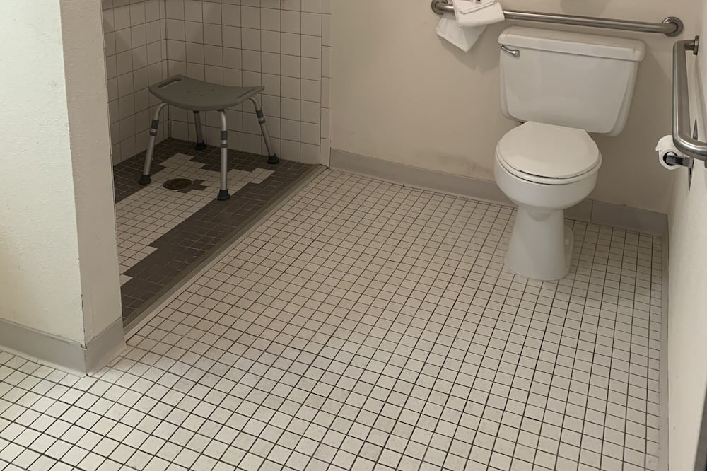 Kambarys, 1 labai didelė dvigulė lova, su patogumais neįgaliesiems, Nerūkantiesiems - Vonios kambario patogumai